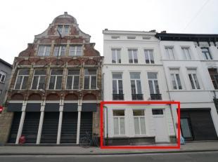 Prachtig karaktervol appartement in (ver)nieuwbouw project in het historisch centrum van Gent met 1 slaapkamer en terras.<br /> <br /> Dit unieke appa