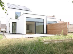 Prachtige moderne Halfopen BEN - conceptwoning , nog te bouwen in samenspraak met de bouwheer op maar liefst 650m² !<br /> <br /> *** BIJNA ENERG