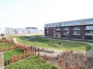 Mooi lichtrijk nieuwbouwappartement op een toplocatie nabij het centrum van Kortrijk met 2 slaapkamers !<br /> <br /> Dit appartement beschikt over:<b