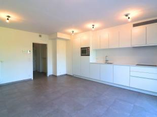 Luxueus appartement ZONDER GEMEENSCHEPPELIJKE KOSTEN (49,7 m²) te huur op de 1ste verdieping met 1 slaapkamer in centrum Torhout. Het appartement