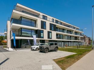 Prachtig nieuwbouwappartement gelegenop wandelafstand van centrum van Beveren-Roeselare dichtbij de afrit E403. Dit appartement werd afgewerkt met zee
