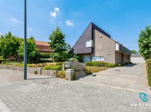 Treffend voor deze villa in Maldegem isde uitstekende locatie. Rustig en toch centraal gelegen. In de nabijheid vind je alle warenhuizen en detailhand