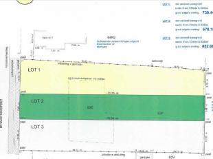 NIEUWE VOORWAARDEN: momenteel wordt er werk gemaakt van een wijzigende verkavelingsgvergunning waardoor er niet langer 3 maar 2 loten bouwgrond worden