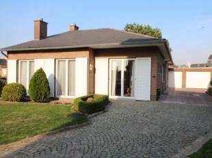 mooie ruime woning met prachtige tuin, grote keuken, 3 slaapkamers ( mogelijkheid tot 5 slaapkamers) en grote garage