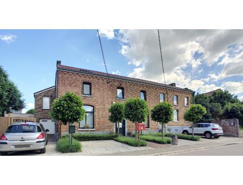 Maison à vendre à Waasmont, € 388.000