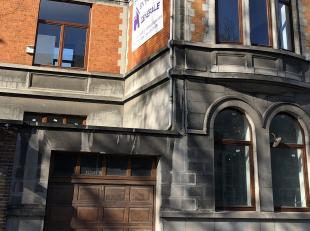 A louer prochainement (mi-aout), appartement au rez de chaussÃÂe. 2 chambres, cuisine ÃÂquipÃÂe, toilette, s&At