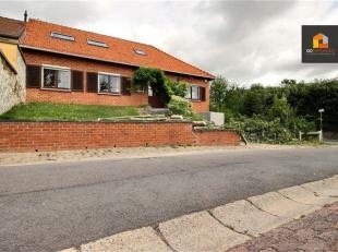 Dans l'agréable commune de Chastre, à quelques minutes du centre de la Belgique, spacieuse maison 6 chambres offrant de nombreuses possi
