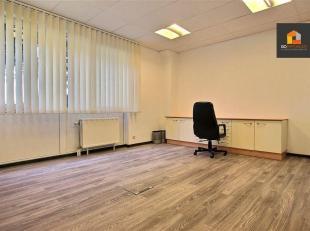 Go Immobilier vous propose un bureau situé dans le zoning Nord de Wavre, proche de toute commodités (Transport, commerces, accès