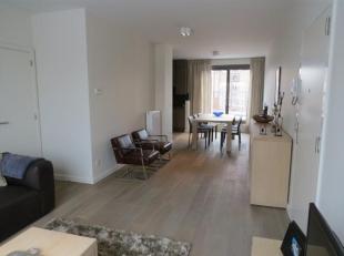 Nog geen nederlandstalige versie beschikbaarBRUXELLES//situé à proximité de la place Sainte Catherine ,superbe appartement 2 Cham