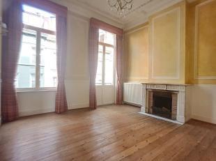 Nog geen nederlandstalige versie beschikbaarIXELLES// Bel maison 4/5 chambres ( 280 m²)  située à deux pas de la Place Flagey et de