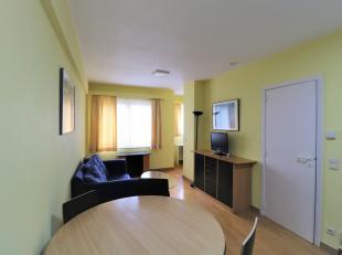 Square Ambiorix, proche des ttransports en communs, des commerces et du centre-ville, bel appartement meublé 1 chambre. Il se compose comme sui