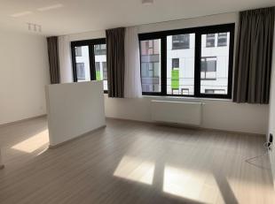 En face d'Engie Electrabel, Quartier Manathan à 500m de Tour & Taxi dans une nouvelle construction, petit appartement - studio de 45 m&sup2