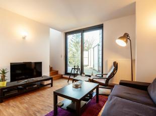 Aan de rand van het centrum van Leuven tref je deze mooie residentie aan die onderdak biedt aan 3 wooneenheden. Het betreft een nieuwbouwproject van 2