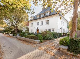 Deze imposante woning is gelegen op één van de meest exclusieve locaties in de onmiddellijke nabijheid van centrum Leuven. Deze zeldzame