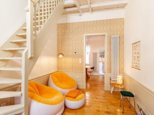 Aan de rand van het centrum van Leuven tref je dit gezellig werkmanshuisje met 2 slaapkamers (6m² en 18m²) en heel wat authentieke elementen
