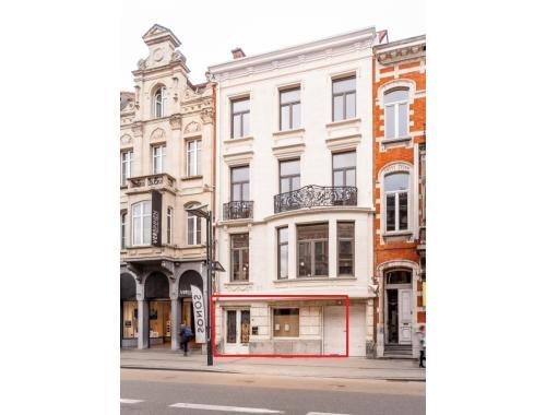Bâtiment commercial à vendre à Leuven, € 1.200.000