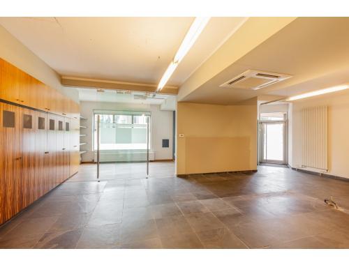 Bâtiment commercial à vendre à Leuven, € 425.000