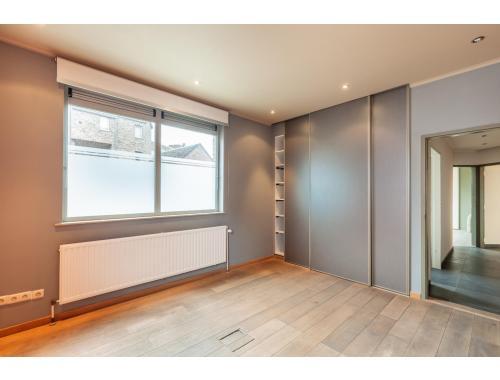 Bâtiment commercial à louer à Leuven, € 2.250