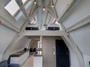 Fantastisch gelegen volledig gerenoveerd duplex appartement op 150 meter van de Grote Markt!<br /> EPC opgesteld voor (dak)renovatie, lage onroerende