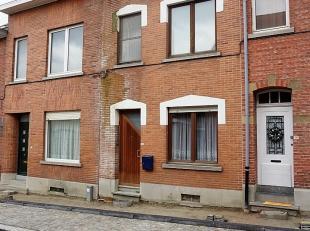 Te renoveren stadswoning op gunstige, rustige ligging nabij UZ Leuven, Imec, KUL, … met terras en stadstuintje.<br /> Nog volledig in te richten naar