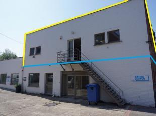 Bureauruimte van 275m² gelegen op de eerste verdieping in een achterin gelegen bedrijfsgebouw met parkeergelegenheid.   Aparte inkomhal met trap