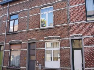 Deze lichtrijke woning nabij het centrum van Leuven verkeert in een perfecte toestand en is aldus volledig instapklaar !<br /> Op het gelijkvloers gee