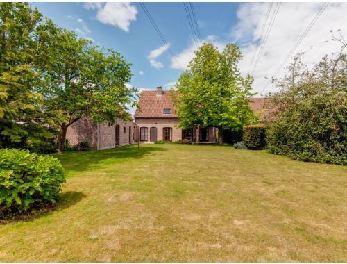 Villa à vendre à Haasdonk, € 459.000