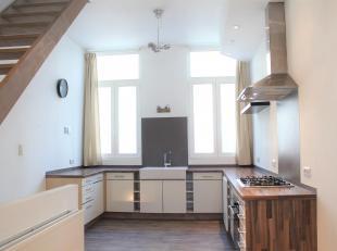 Unieke woning met 1 slaapkamer en gezellig terras.<br /> Dit pand situeert zich op een aangename locatie te Antwerpen, in de directe omgeving van het