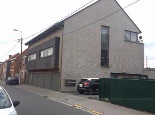 Het gebouw is voorzien van een lift van het merk Schindler met stopplaatsen -1, 0, +1 en +2.<br /> Op verdieping -1:<br /> -Technische ruimte watertel