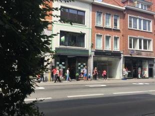 Mooie, gemeubelde en recente studio op een zeer centrale ligging in Leuven.<br /> De studio is gelegen op de eerste verdieping aan de straatzijde en b