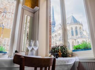 BVBA te koop!Dit uiterst interessant gelegen restaurant is een gevestigde waarde in Leuven. Gelegen op de prachtige markt van Leuven en in een uiterst