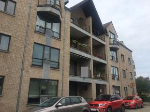 Ruim appartement met drie slaapkamers en terras te Heverlee!<br /> Het appartement is gelegen op de eerste verdieping van de residentie en bestaat uit