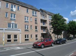 Trendy en betaalbaar wonen in hartje Leuven. Gerenoveerd 2-slaapkamer appartement nabij het bruisende centrum van Leuven.Het appartement bestaat uit e
