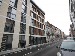 Prachtig gerenoveerd 1-slaapkamer appartement in het centrum van Leuven.<br /> Het appartement bestaat uit een ruime living met open keuken (voorzien