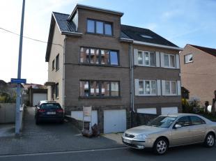 HEVERLEE, een appartementsgebouw in goede staat en in een rustige buurt gelegen nabij Leuven, bestaande uit 3 appartementen en 3 garages.<br /> Het ge