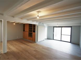 Ultieme kans… Fantastisch gerenoveerd 3 slaapkamer appartement van 167m² met tuin en garage in het centrum van Berlaar-Heikant. <br /> <br /> Het