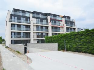 Uniek nieuwbouwappartement gelegen in exclusief Park Alice Nahon in de dorpskern van Putte. <br /> <br /> Zeer gunstig gelegen voor woon-werk verkeer