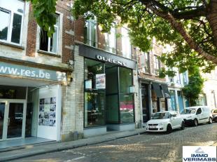 Gelegen op de Vismarkt, vlakbij winkelwandel gedeelte Mechelsestraat, vindt u deze prachtige winkelruimte met een netto oppervlakte van 105m² . D