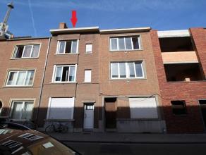 Opbrengsteigendom te centrum Leuven met 6 vergunde kamers met kitchenette en 2 vergunde studio's!<br /> <br /> Attest brandveiligheid aanwezig! Elektr