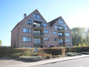 Zeer mooi, ruim en zonnig appartement van 142 m² ! Indeling met grote leefruimte in parket met terras, ingerichte keuken, 3 slaapkamers, badkame