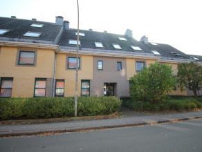Goed gelegen appartement met ruime leefruimte, 1 slaapkamer, terras en een private kelder.<br /> Het appartement bestaat uit een inkomhal met een apar