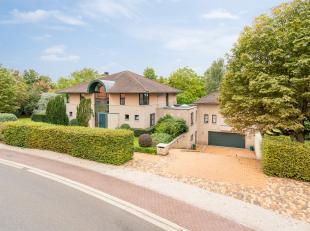 Deze residentieel gelegen villa, op een perceel van 58 are 38 centiare is uniek gelegen nabij Diest. De zeer goede EPC score (156) is een mooie verwij