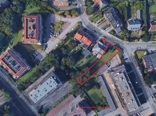 NIEUWBOUW APPARTEMENTSGEBOUW bestaande uit 2 appartementen : 1) een gelijkvloers duplex appartement ( 3 slaapkamers en 2 badkamers) met een  oppervlak
