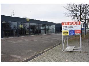 AAA-locatie voor handelszaken op de verbindingsweg van Hasselt naar Genk. Gelegen in KMO-zone ook toegestaan voor ambachtelijke bedrijven. Handelsloca