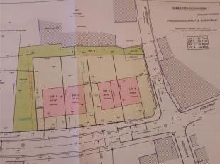 4 Loten bouwgrond hoek Boterstraat / Jongensschoolstraat te 3321 Outgaarden.<br /> Nog alleen  LOT 1 te koop!<br /> Deze bouwgronden zijn verdeeld in
