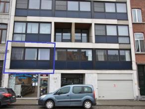 Appartement gelegen aan de Ring van Leuven, nabij de aansluiting Tiensesteenweg, nabij station van Leuven. <br /> <br /> Het appartement omvat een ink