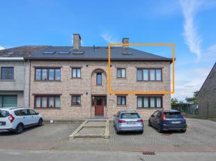 Startprijs: 159.000 euro<br /> Dit gezellig appartement heeft een ruime woonkamer met plaats voor salon en eettafel, moderne geïnstalleerde keuke