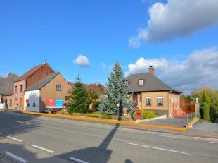 Ideaal gelegen woning nabij het centrum van Zottegem. <br /> indeling: inkomhal, woonkamer met aparte keuken, 2 slaapkamer, badkamer met bad, douche e