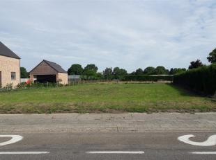 Strategisch goed gelegen bouwgrond van 9a 11ca in Peer, ter hoogte van de Baan naar Helchteren 6. De bouwgrond is geschikt voor een open bebouwing!<br