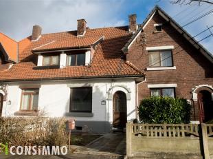 Deze gezinswoning met 3 slaapkamers vinden we terug in Genk-Waterschei, ter hoogte van de Vooruitgangstraat 5. De woning is uitstekend gelegen dichtbi